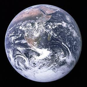300pxthe_earth_seen_from_apollo_17